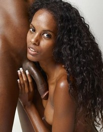 Black Ex-Girlfriend Spreading in Bed