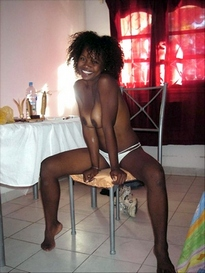 Some black girls likes be naked